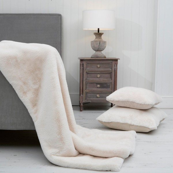 Snow Queen XL Luxury Faux Fur Throw